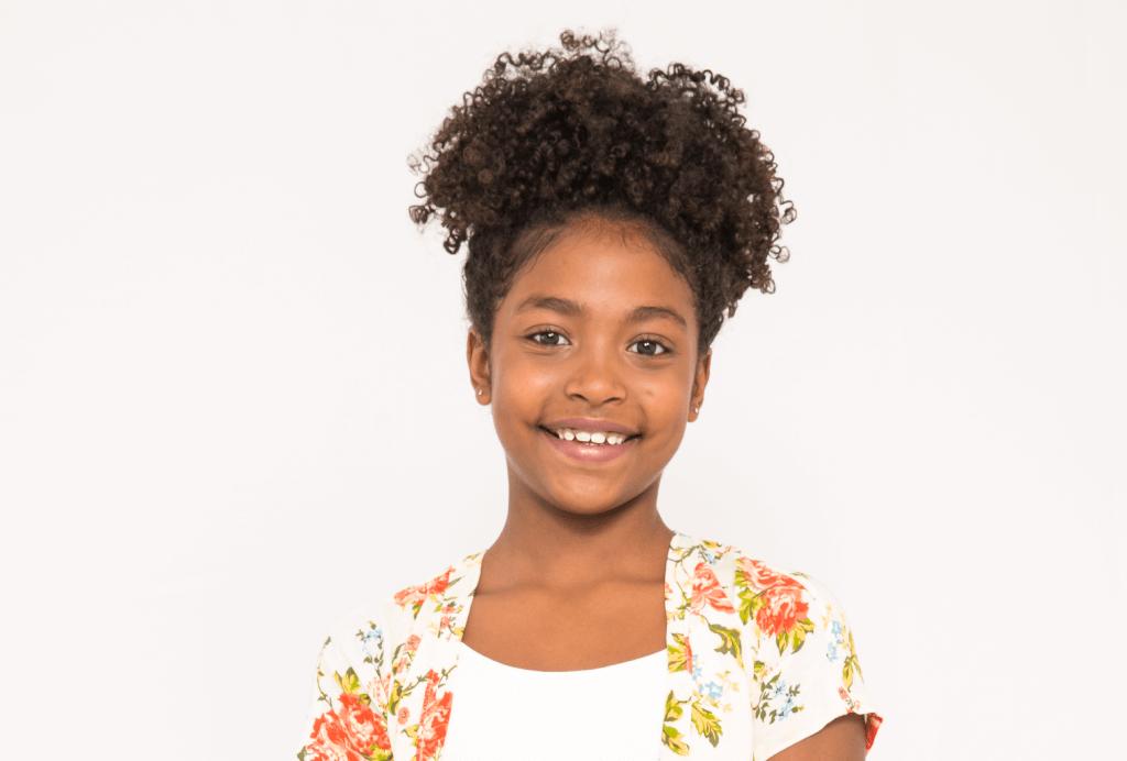 Penteados infantis: Coque Abacaxi